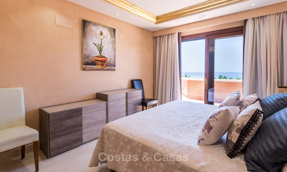 First line beach penthouse apartment for sale on the New Golden Mile between Marbella and Estepona 1008