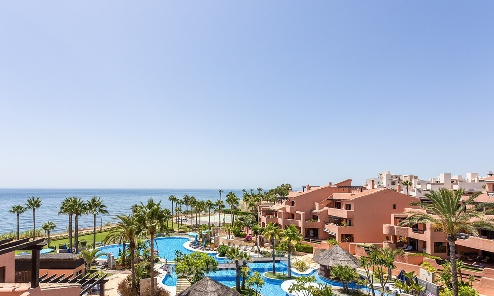 First line beach penthouse apartment for sale on the New Golden Mile between Marbella and Estepona 1010