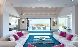 Exclusive modern villa for sale on golf resort with sea and golf views in Benahavis - Marbella 1022