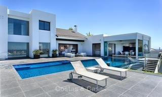 Exclusive modern villa for sale on golf resort with sea and golf views in Benahavis - Marbella 1026