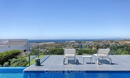 Exclusive modern villa for sale on golf resort with sea and golf views in Benahavis - Marbella 1030