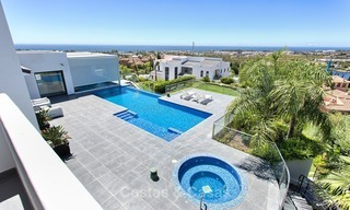 Exclusive modern villa for sale on golf resort with sea and golf views in Benahavis - Marbella 1036