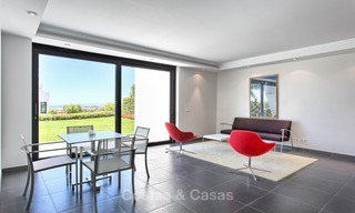 Exclusive modern villa for sale on golf resort with sea and golf views in Benahavis - Marbella 1039