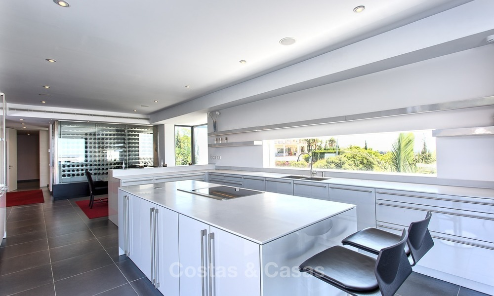 Exclusive modern villa for sale on golf resort with sea and golf views in Benahavis - Marbella 1061