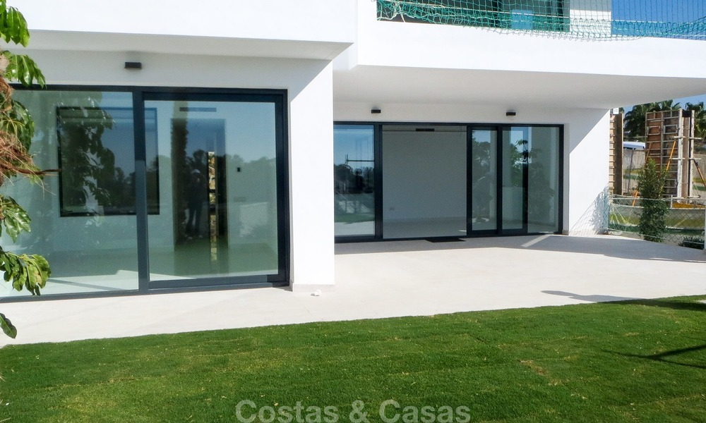 Ready to move in! New modern golf apartment for sale in the area of Benahavis - Marbella 1086