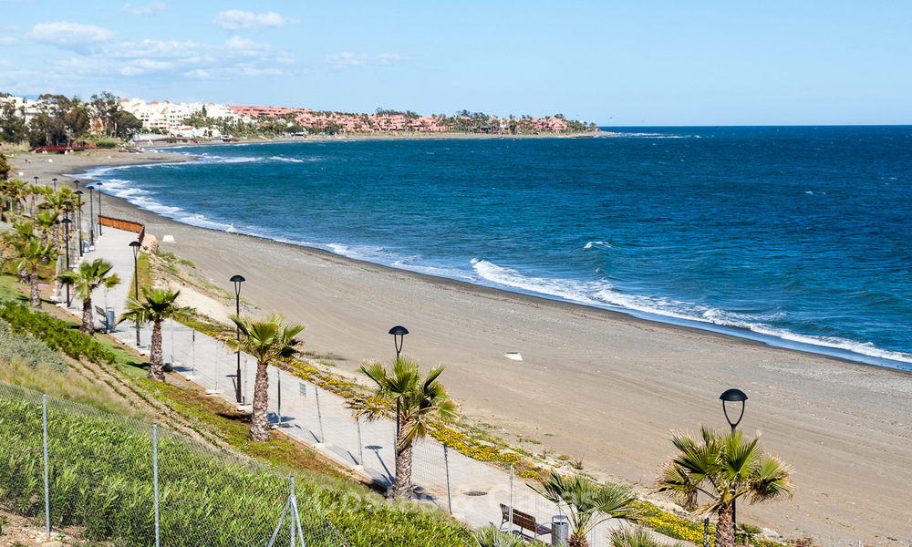 Exclusive New, Modern Beachfront Apartments for sale, New Golden Mile, Marbella - Estepona 2995