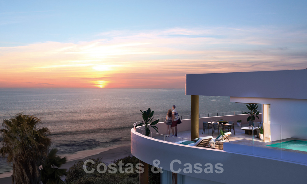 New Beachfront Development of Modern Apartments for sale in Mijas Costa. Completed! Last units! Ready to move in. 28136