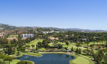 Luxury Penthouse apartment for sale in Gated Community with Panoramic sea and golf views in Rio Real, Marbella 1468