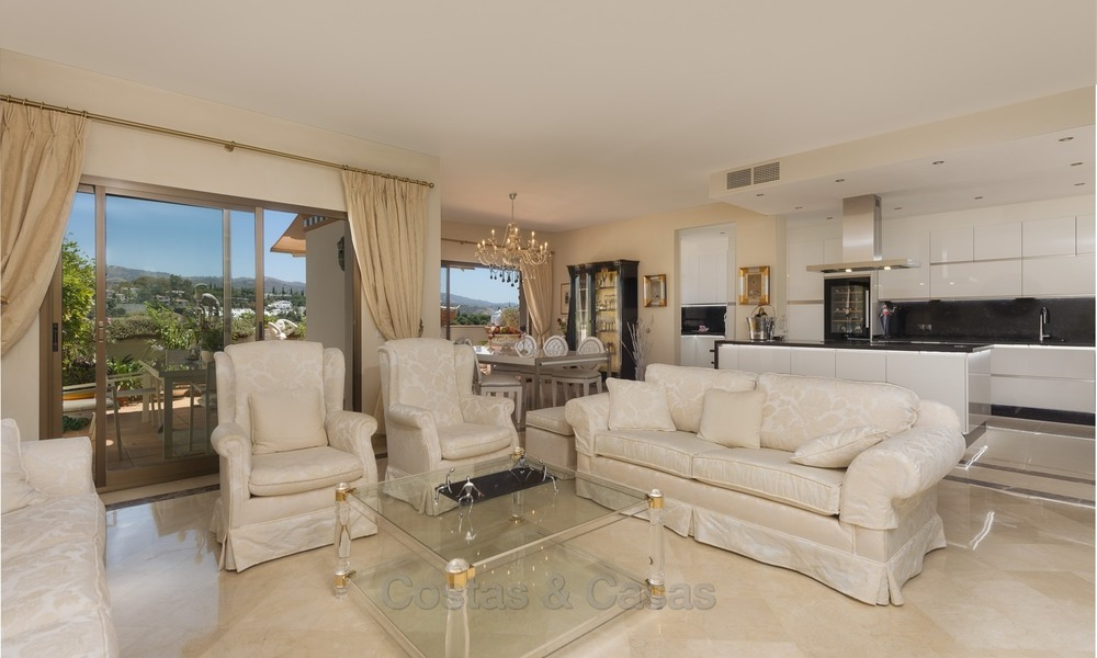 Luxury Penthouse apartment for sale in Gated Community with Panoramic sea and golf views in Rio Real, Marbella 1472