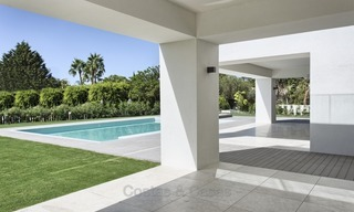 Brand-new, Beachside, Contemporary Style Villa for sale, Ready to Move in, Marbella West 1501