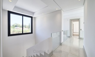 Brand-new, Beachside, Contemporary Style Villa for sale, Ready to Move in, Marbella West 1502