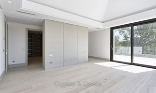 Brand-new, Beachside, Contemporary Style Villa for sale, Ready to Move in, Marbella West 1504