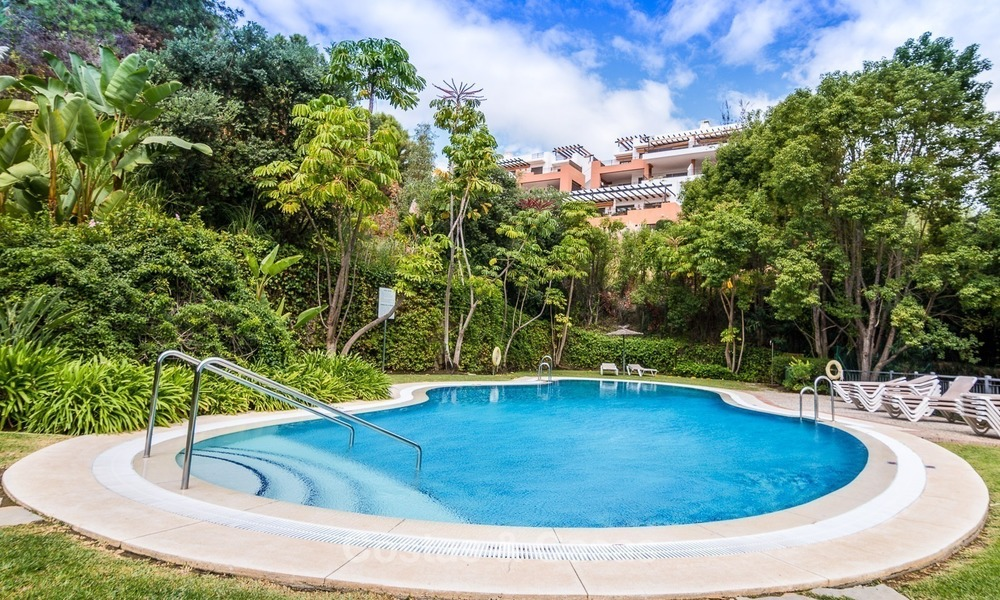 Contemporary style Apartment with Panoramic Sea-, Golf- and Mountain views for sale in La Quinta, Benahavis - Marbella 1536