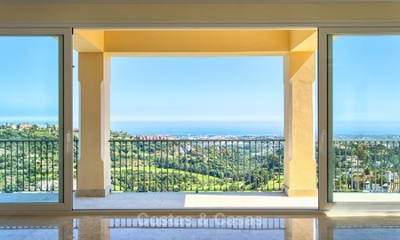 New Villa with Panoramic Sea- and Golf Views for sale, Benahavis, Marbella 1735