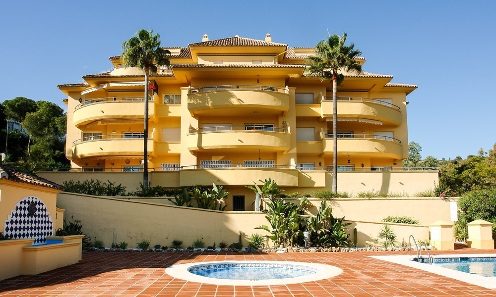 Luxury Golf Apartment for sale with sea views in Rio Real in Marbella 1785