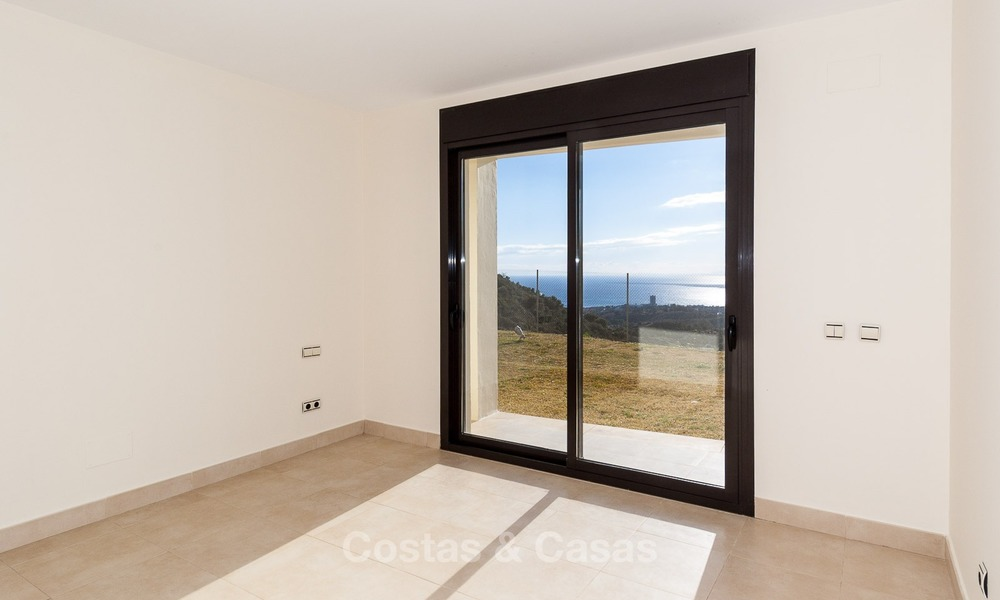 Bargain Modern, Luxury Apartment for Sale in Marbella with garden and Beautiful Sea and Coastal Views 1840