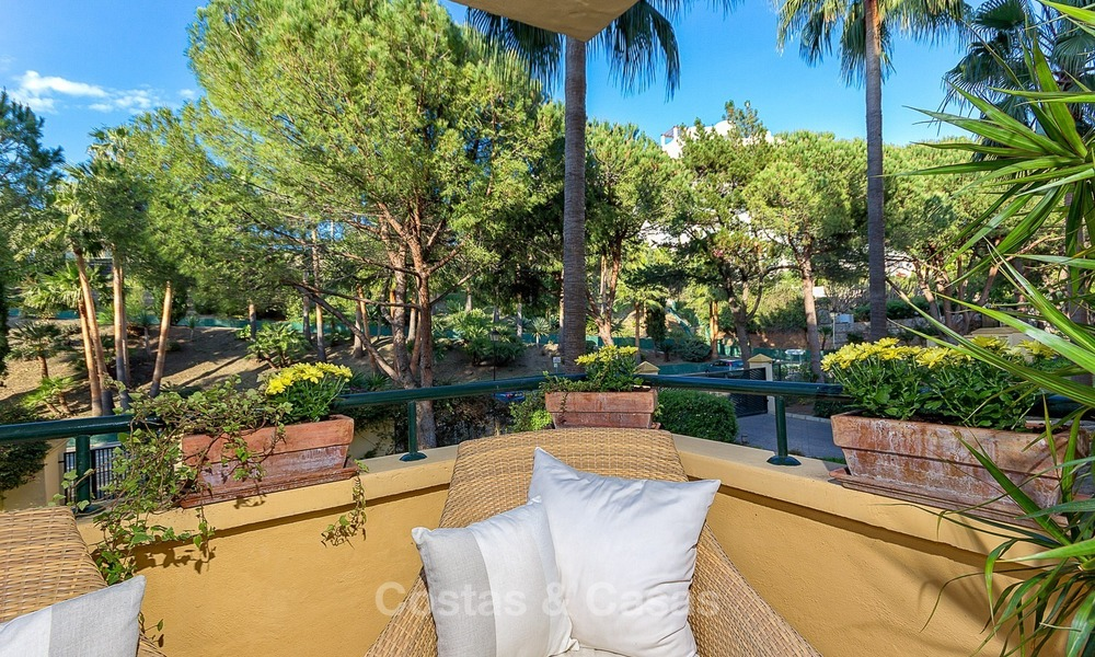 Front line Golf Luxury Apartment for sale in a Gated Community in Rio Real, Marbella 1870