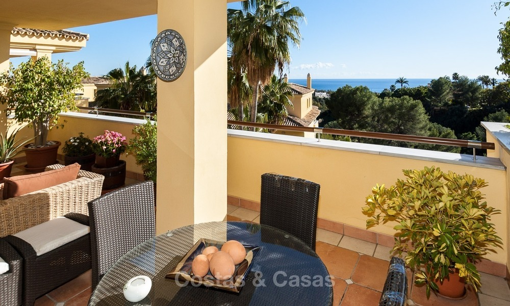 Luxury apartment for sale in Sierra Blanca, on The Golden Mile, Marbella 1929