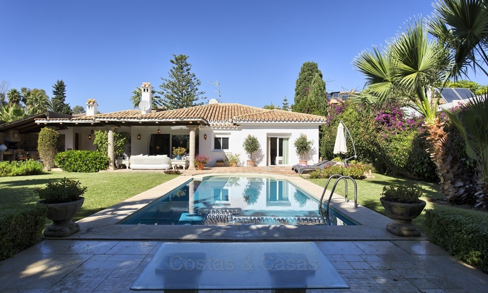 Beachside Villa - Bungalow for sale, on The New Golden Mile, at walking distance from the Beach, Marbella, Estepona 2200