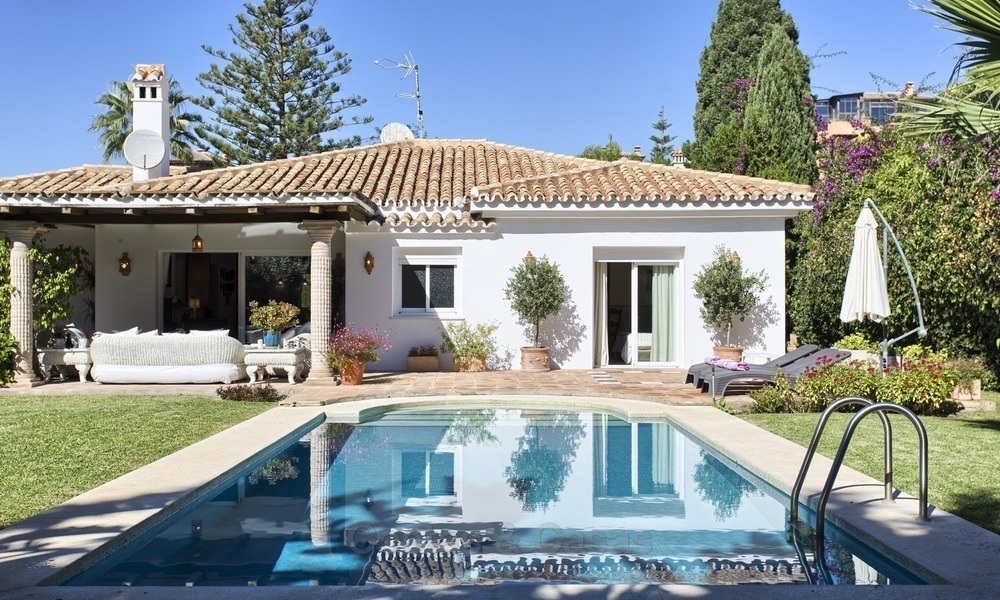 Beachside Villa - Bungalow for sale, on The New Golden Mile, at walking distance from the Beach, Marbella, Estepona 2202