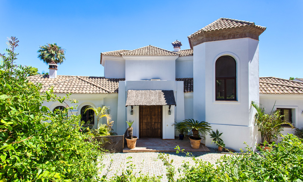 Elegant, Andalusian Style Villa in Gated Community with Sea- and Mountain views for sale in Benahavis, Marbella 5187