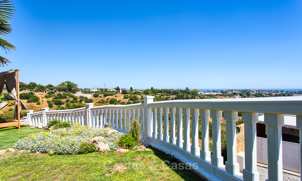 Elegant, Andalusian Style Villa in Gated Community with Sea- and Mountain views for sale in Benahavis, Marbella 5162