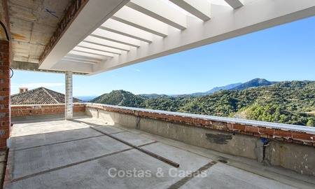 Opportunity To Purchase A Luxurious, Contemporary Villa At Pre Completion  Price In Benahavis,
