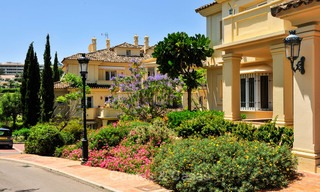 Frontline golf, modern renovated luxury apartment for sale in Nueva Andalucia - Marbella 2896