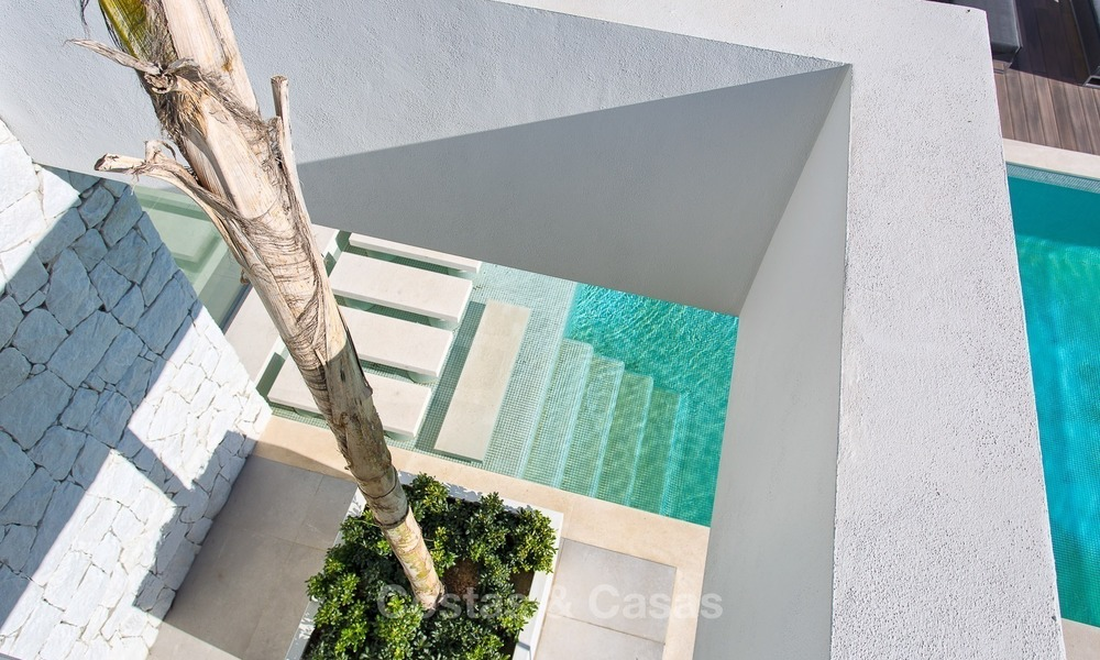 Ready to move in Modern Contemporary Villa near Golf with Sea Views for sale in Benahavis, Marbella 2517