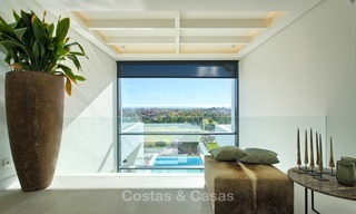 Ready to move in Modern Contemporary Villa near Golf with Sea Views for sale in Benahavis, Marbella 2519
