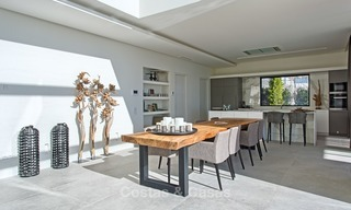 Ready to move in Modern Contemporary Villa near Golf with Sea Views for sale in Benahavis, Marbella 2525