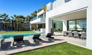 Ready to move in Modern Contemporary Villa near Golf with Sea Views for sale in Benahavis, Marbella 2541