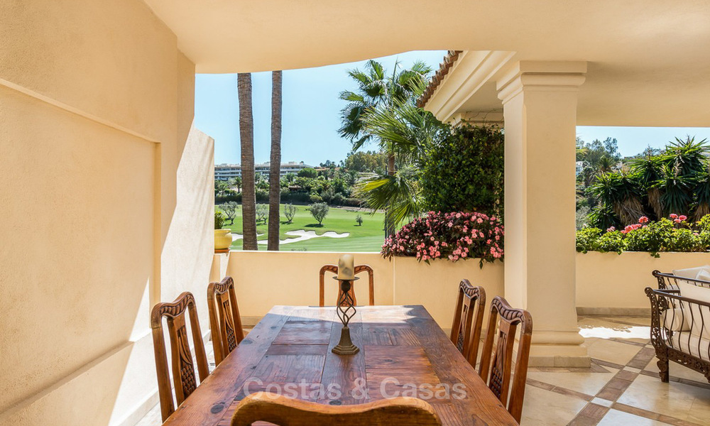 Frontline golf, luxurious Apartment for sale in Nueva Andalucia - Marbella 4084