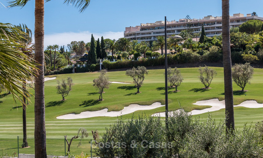 Frontline golf, luxurious Apartment for sale in Nueva Andalucia - Marbella 4090