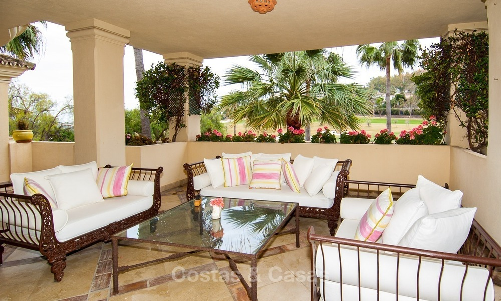 Frontline golf, luxurious Apartment for sale in Nueva Andalucia - Marbella 2580