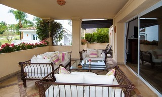 Frontline golf, luxurious Apartment for sale in Nueva Andalucia - Marbella 2582