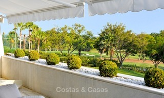 Frontline golf, modern, spacious, luxury penthouse for sale in Nueva Andalucia - Marbella 2545