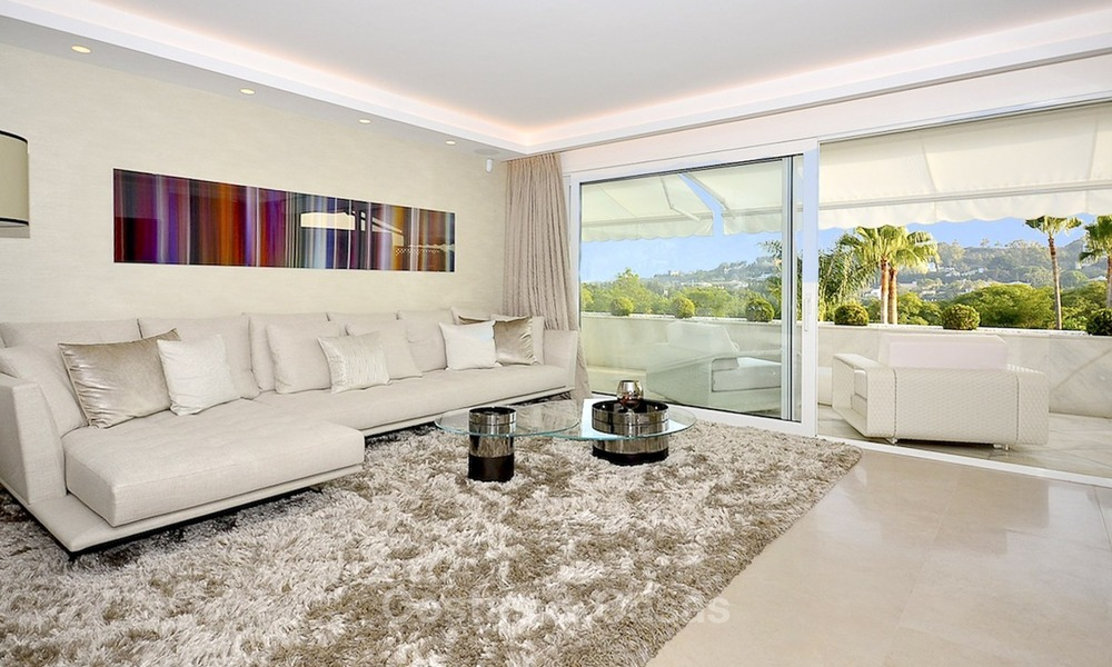Frontline golf, modern, spacious, luxury penthouse for sale in Nueva Andalucia - Marbella 2548
