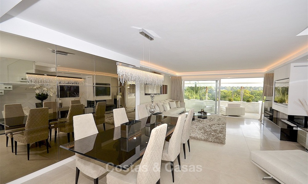 Frontline golf, modern, spacious, luxury penthouse for sale in Nueva Andalucia - Marbella 2550