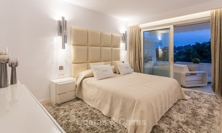 Frontline golf, modern, spacious, luxury penthouse for sale in Nueva Andalucia - Marbella 2554