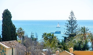 Apartment for sale with sea view on the Golden Mile at walking distance from the beach and Marbella center 2643