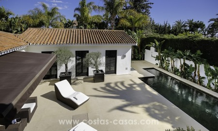 Renovated villa for sale in a Contemporary style, near the beach in Los Monteros, Marbella 2685