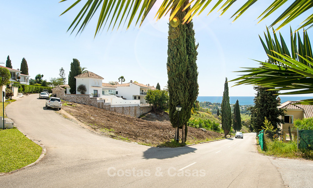 Opportunity! Building plot for sale with beautiful sea views in Benahavis - Marbella 2964