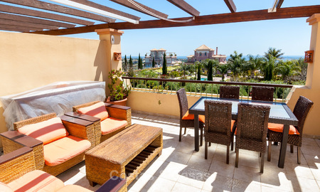 Luxury Penthouse Apartment for Sale in a Five Star Golf Resort on the New Golden Mile in Benahavis - Marbella 3056