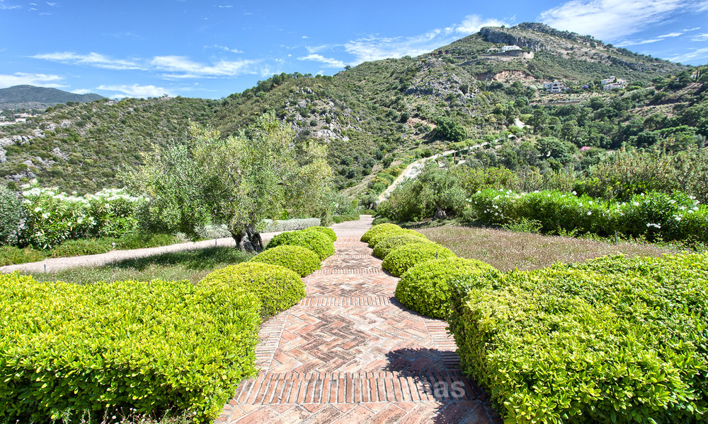 Spanish style luxury Villa with Panoramic views for sale set in a Luxurious Gated Golf Resort in Benahavis - Marbella 3173