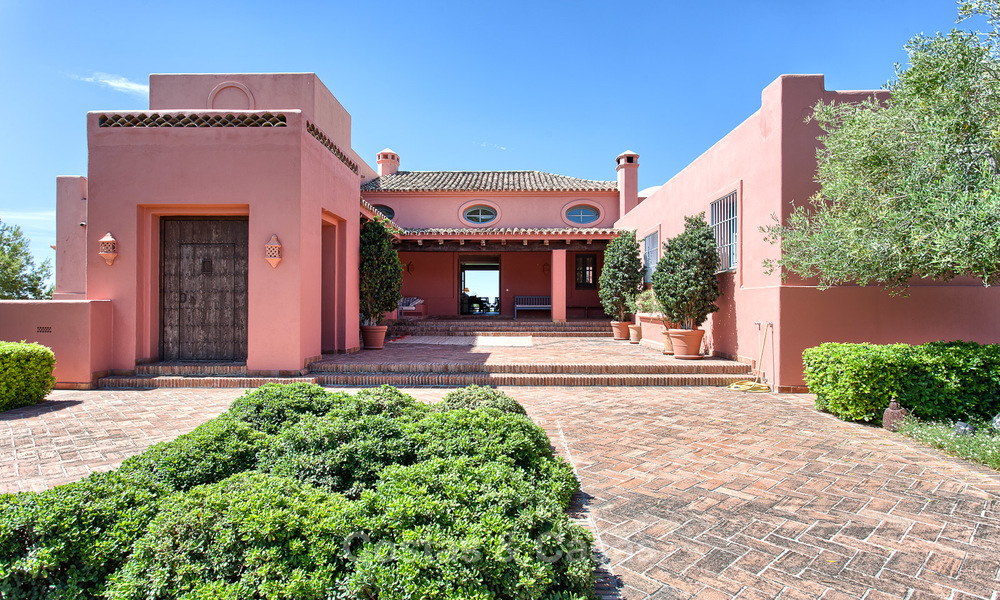 Spanish style luxury Villa with Panoramic views for sale set in a Luxurious Gated Golf Resort in Benahavis - Marbella 3174
