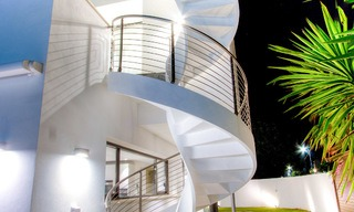 Contemporary, Newly Built Beachside Villa for Sale in Puerto Banus, Marbella 3443