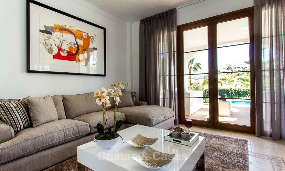 Ready to move in new villa for sale, first line golf in a gated golf resort, New Golden Mile, Marbella - Estepona 3496