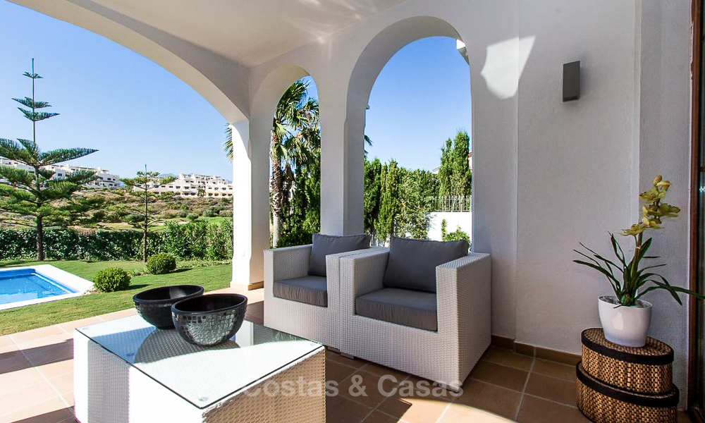Ready to move in new villa for sale, first line golf in a gated golf resort, New Golden Mile, Marbella - Estepona 3525
