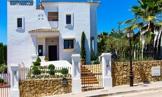 Ready to move in new villa for sale, first line golf in a gated golf resort, New Golden Mile, Marbella - Estepona 3542